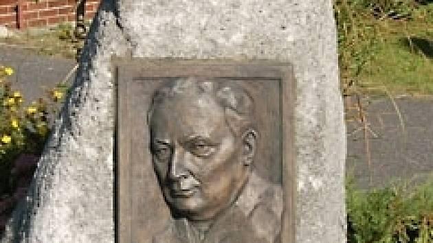 Pomník Norberta Frýda v Drmoule