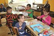 Příměstského tábora Domu dětí a mládeže Sova Cheb se zúčastnila téměř třicítka dětí. Ty si během prázdninového týdne užily mnoho zábavy.