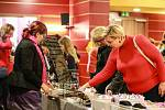 FREE FLER MARKET je jednou z tradičních akcí, které se v chebském Kulturním centru Svoboda konají. Na své si přijdou ti, kteří chtějí nakoupit něco hezkého, ale i ti, kteří se chtějí přiučit nějaké rukodělné činnosti.