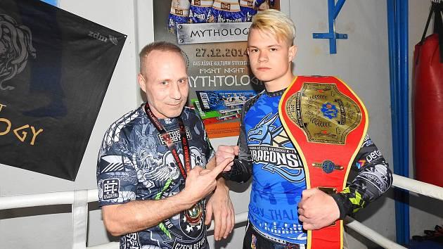 Sportovec Pavel Wolf s trenérem Petrem Holoubkem.