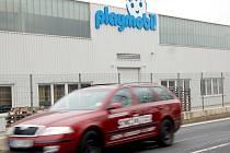 PLAYMOBIL CZ se bude v chebské průmyslové zóně rozšiřovat. Díky tomu zde do tří let vzniknou nová pracovní místa.