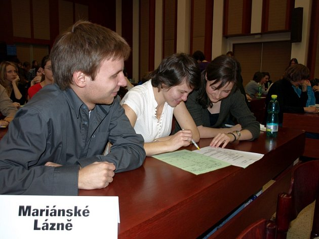 MARIÁNSKOLÁZEŇŠTÍ GYMNAZISTÉ  obsadili 27. místo a mezi týmy z chebského regionu tak byli nejlepší.