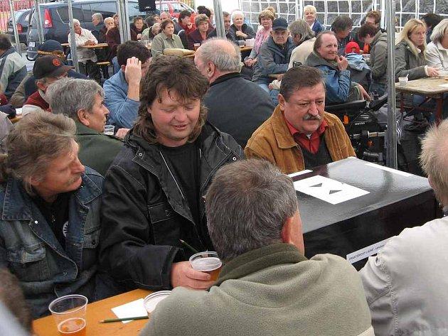 Politické strany ve Františkových Lázních nevěnují občanům pozornost jen před volbami