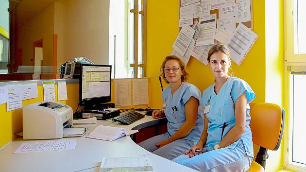V CHEBSKÉ NEMOCNICI je už například opravená porodnice. Další část nemocnice teprve čeká na dokončení.