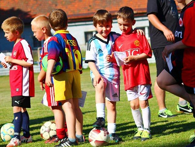 NA CHEBSKU vyrůstá plno nadějných fotbalových talentů.
