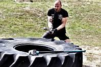 """Jaroslav """"Kondor"""" Švehla je známý mariánskolázeňský trenér s takřka dvacetiletými zkušenostmi. Specializuje se hlavně na bojové sporty, a tak není překvapením, že je zároveň organizátorem oblíbené Noci boje. Pro zájemce z řad široké veřejnosti pořádá ale"""