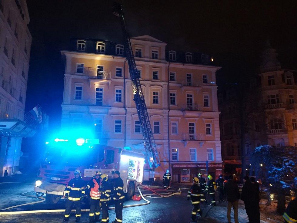 Požár hotelu v Mariánských Lázních.