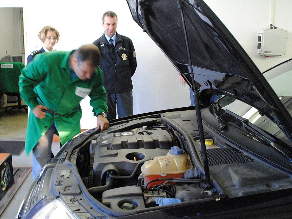 Řada řidičů využila v Mariánských Lázních bezplatnou technickou prohlídku