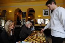 Šachová simultánka v Mariánských Lázních