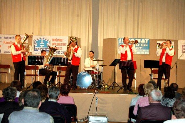 Koncert dechové hudby Rozmarýnka v Tachově