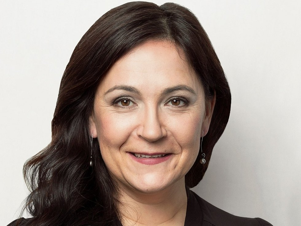 Markéta Monsportová, 48 let, manažerka a kulturní aktivistka, Velká Hleďsebe, Piráti.
