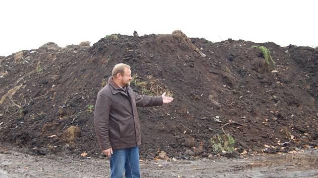 V současné době se připravují další prostory pro navážení odpadu.