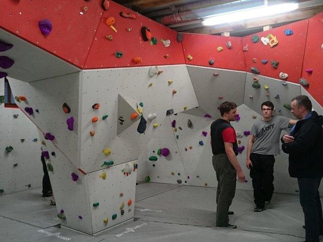 Boulderingová místnost