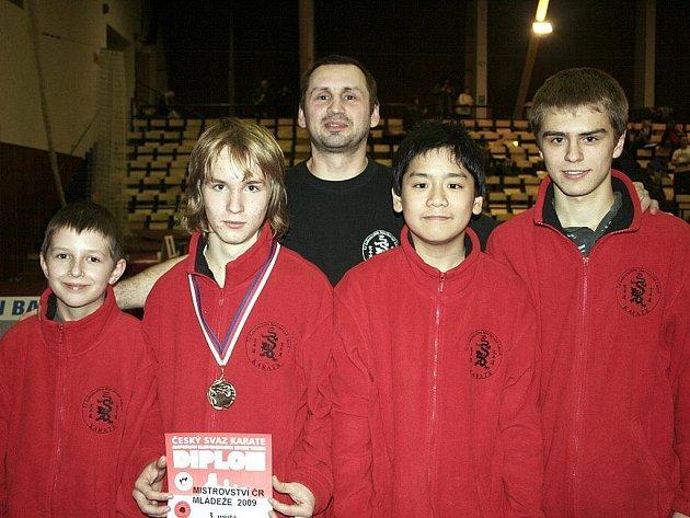 Lukáš Brožek s bronzovou medailí.