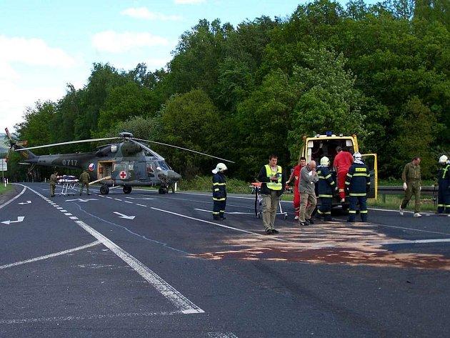 Jedna z tragických havárií na křižovatce nedaleko od přehradní nádrže Jesenice
