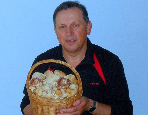 Pokud se prodejce rozhodne houby prodávat i bez nařízených zkoušek, vystavuje se postihu a sankcím od Státní zemědělské a potravinářské inspekce.