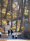 Chebská Krajinka ožila. Obyvatelé vyrazili na procházky nebo třeba za sportem.