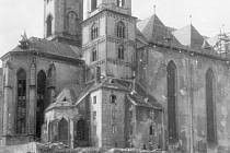 Historická podoba věží chrámu svatého Mikuláše v Chebu