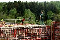 Výstavba silnice R6 na rozmezí Chebska a Sokolovska