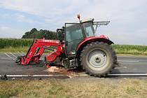 Do traktoru narazil se svým vozem řidič jedoucí směrem na obec Potočiště na Chebsku.