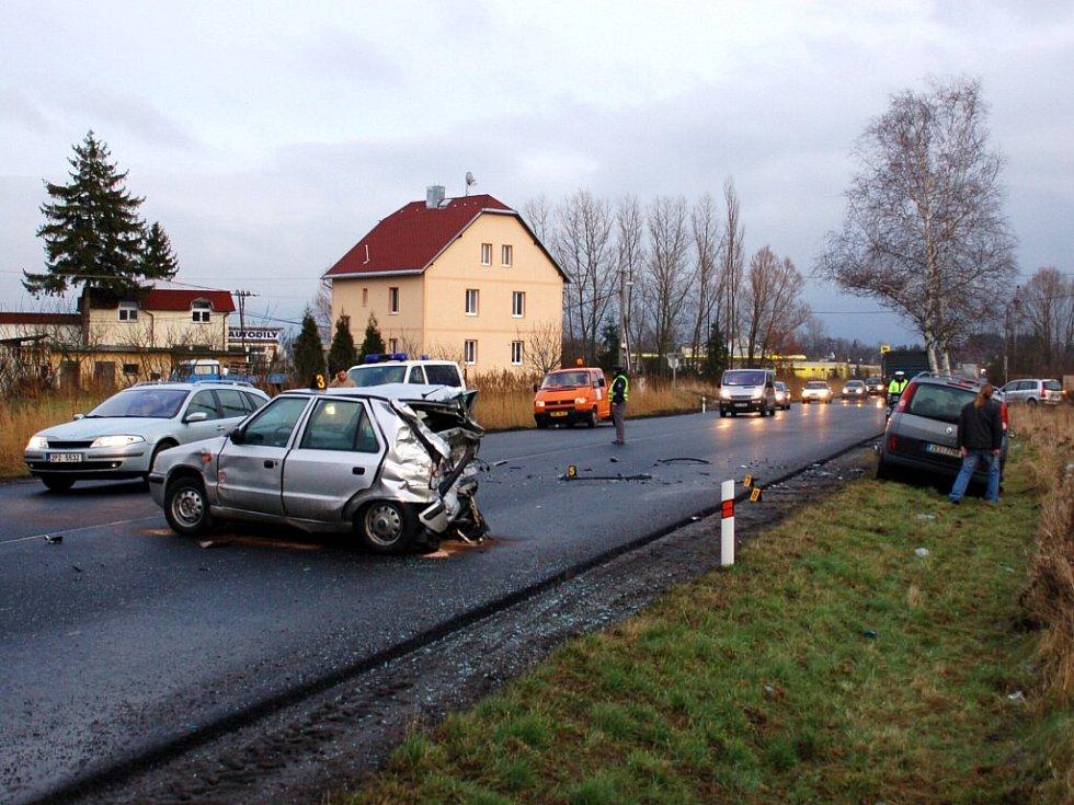 Dopravní nehoda u Františkových Lázní v pátek 5. prosince odpoledne