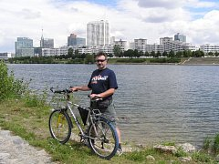 Na horském kole se Tesař podíval až do Vídně