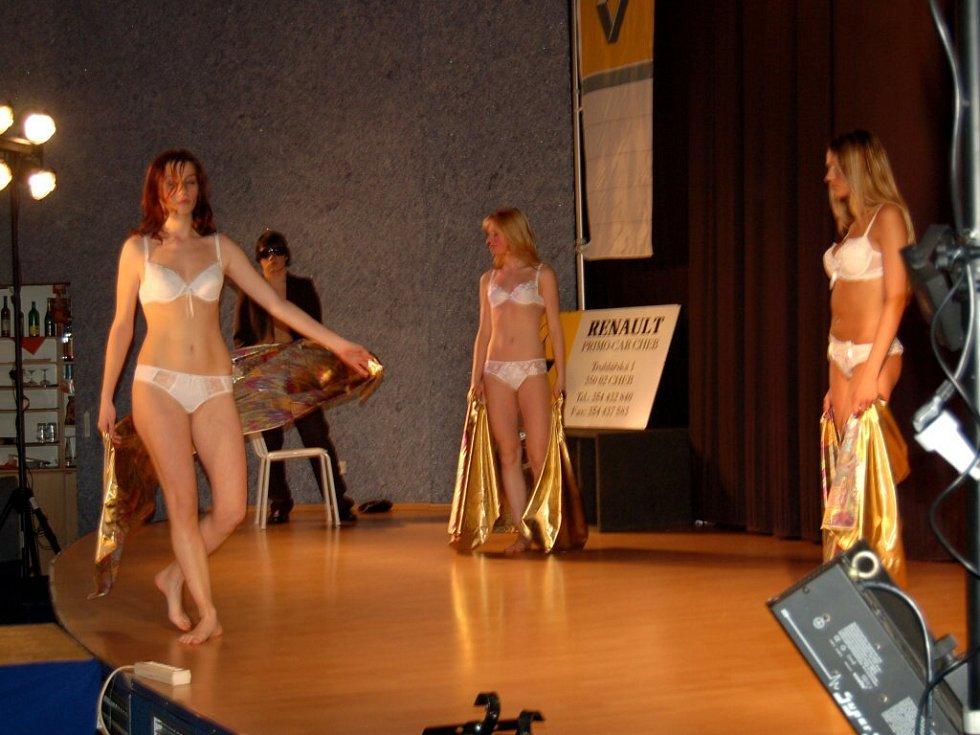 Módní přehlídka Mode Show Jaro/Léto 2008 v Chebu