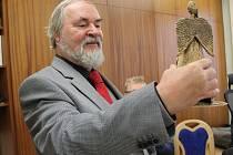 Chebský kronikář netvoří suchý dokument, ale umělecké dílo
