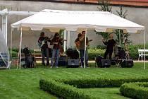 Koncert v Klášterní zahradě v Chebu