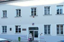 JAK ROZŠÍŘIT prostory chebské základní umělecké školy? Varianty jsou dvě přístavba nebo přesunutí do dominikánského kláštera.