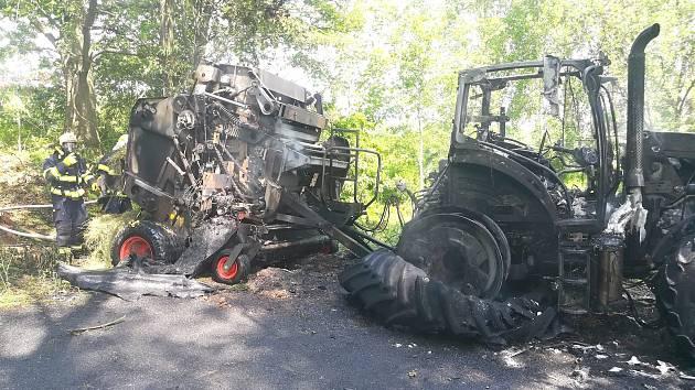 Požár traktoru.