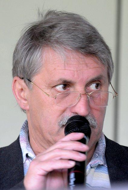 Jacka Přibáně čeká další moderátorská lahůdka – halové mistrovství Evropy v atletice, které se uskuteční už příští týden v Praze.