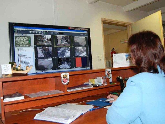 dohledem bezpečnostních kamer je celé chebské centrum