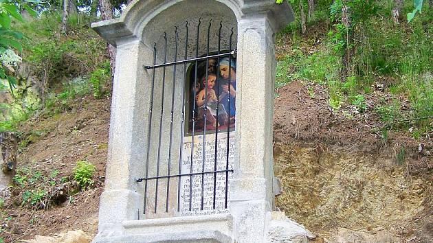Opravená kaple v Ostrohu.