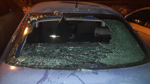 Poškozené auto.