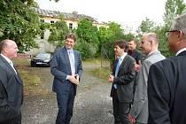 Kvůli objektu kláštera do města Chebu přijel i německý velvyslanec Arndt Freiherr Freytag von Loringhoven.