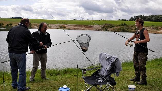 Rybářské závody u Dolního Žandova