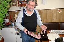 Většina Františkolázeňských večeří na Štědrý den tradičního kapra.
