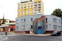 Má na chebské Májové ulici stát polyfunkční dům? O tom debatovali obyvatelé Chebu se zástupci města a investorem na veřejném projednání.