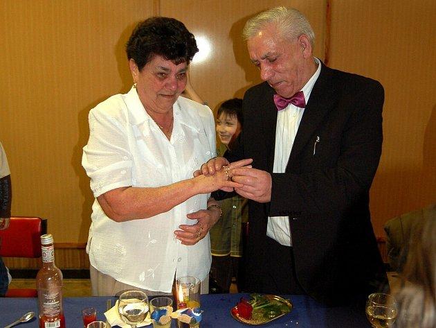 Zlatou svatbu oslavili manželé Helena a Josef Červenických z Milhostova na Chebsku