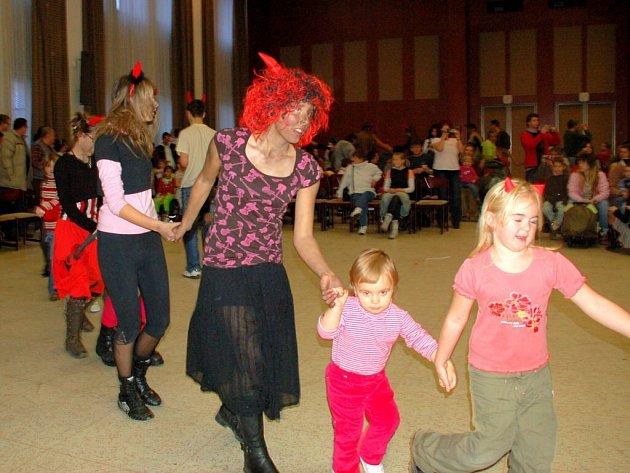 Mikulášská, kterou pro chebské děti připravil Dům dětí a mládeže Sova