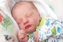 MAXIM POUR bude mít v rodném listě datum narození úterý 12. března ve 23.12 hodin. Na svět přišel s váhou 3 080 gramů a mírou 51 centimetrů. Doma v Chebu se z malého Maxíka těší maminka Hana a tatínek Martin.