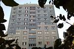 Přestavba a úprava opuštěného modrého věžáku, který se nachází nedaleko centra města Chebu, vyjde na celkem deset milionů.