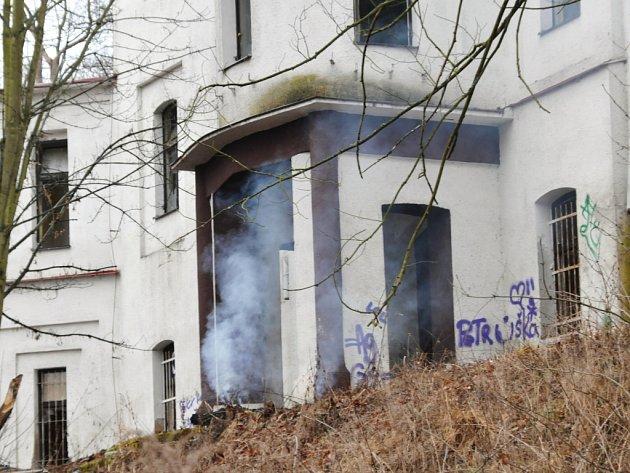 Vila v chebském Poohří hořela.
