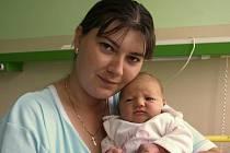 DENISA STEHLÍKOVÁ se narodila ve čtvrtek 2. července v 15.45 hodin. Při narození vážila krásných 3600 gramů a měřila 49 centimetrů. Tříletá Pavlínka a tatínek Štefan se těší doma v Hranicích na návrat maminky Daniely a malé Denisky.