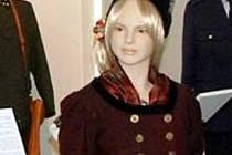Ašský kroj, jak ho nosily ženy v minulosti, je k vidění v muzeu.