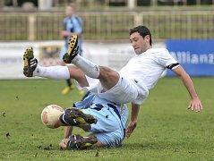Fotbalisté Hvězdy Cheb na domácím hřišti poprvé zvítězili. Porazili Hořovicko pod vedením trenéra Jana Bergera 1:0.