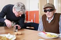 Maturita ze slepoty – tak se jmenuje nevšední zkouška, kterou na sobotu  připravilo TyfloCentrum Cheb a Sjednocená organizace nevidomých a slabozrakých.
