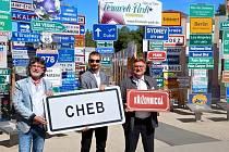 V CEDULOVÉM parku Fernweh-Park v německé obci Oberkotzau je už zastoupen také Cheb.