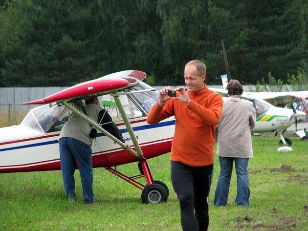 Slet ultralehkých letadel na letišti v Mariánských Lázních - Sklářích